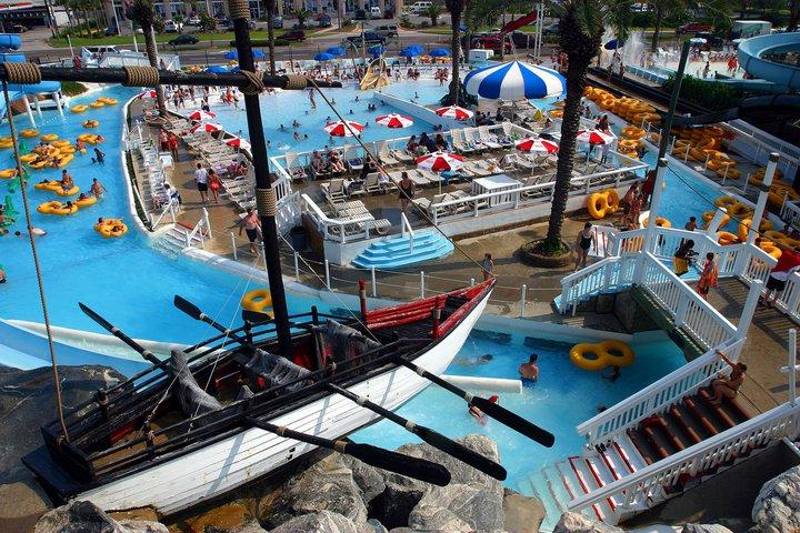 Free Ticket to Big Kahunas Water Park in Season