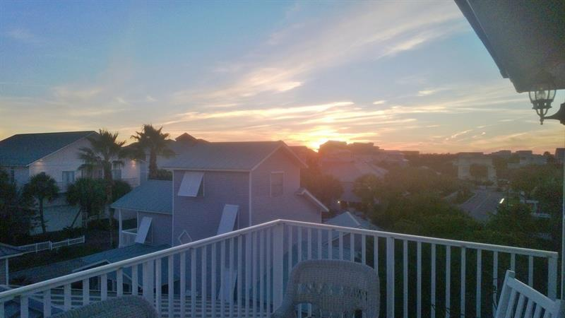 Great Sunset Views from 3rd floor Balcony