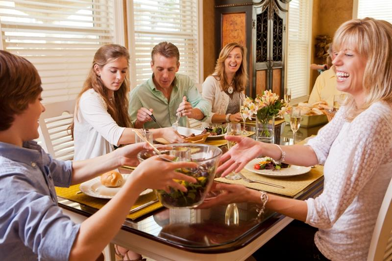 Top Reasons to Rent a Vacation Home for Thanksgiving  the Holidays
