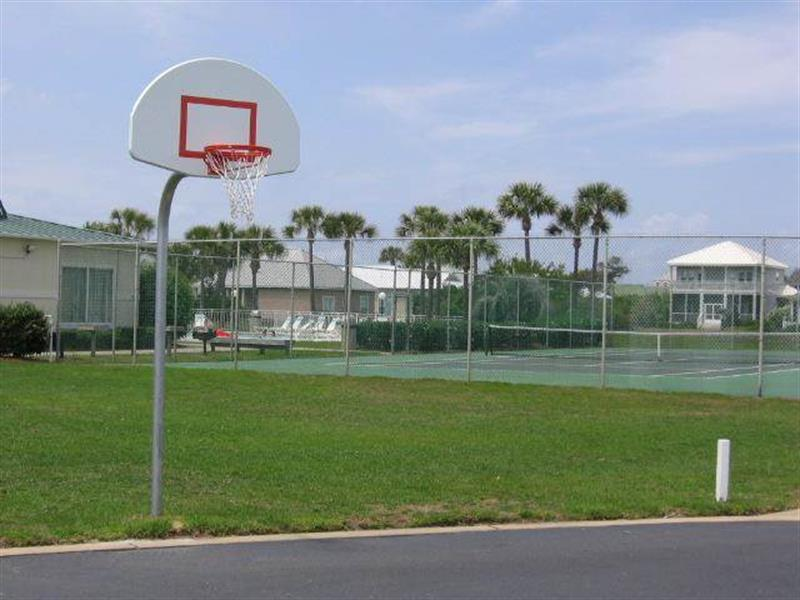 Community Basketball and Tennis Courts