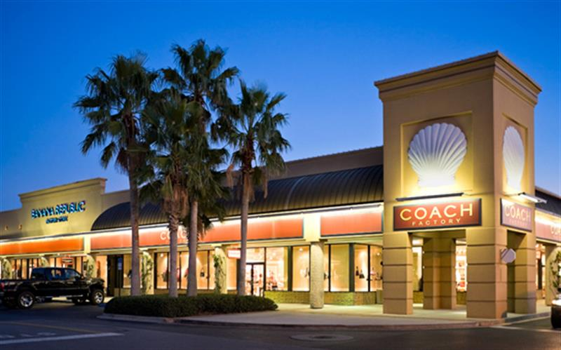 Silver Sands Premium Outlets, store listings, hours, directions, hotels, comment forum and more (Destin, FL) Silver Sands Premium Outlets in Destin FL. Formerly Silver Sands Factory Stores. NIKE Factory Store. Shop Nike online. Athletic shoes & apparel.